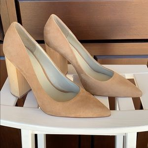 1.State Heels! Size 10!
